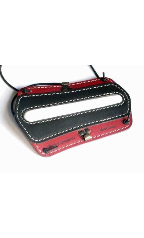 Protège bras en cuir de couleur rouge et noir VLBBTAB - ULYSSE ARCHERIE